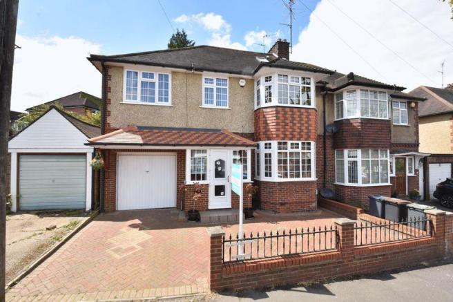 5 bedroom semi-detached house